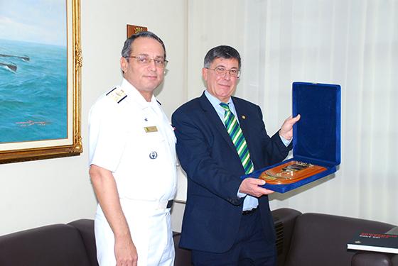 Presidente da SOAMAR-Brasil em Portugal visita organizações militares no Rio de Janeiro
