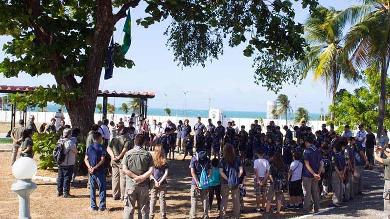EAMCE reúne 130 escoteiros em encontro de grupos