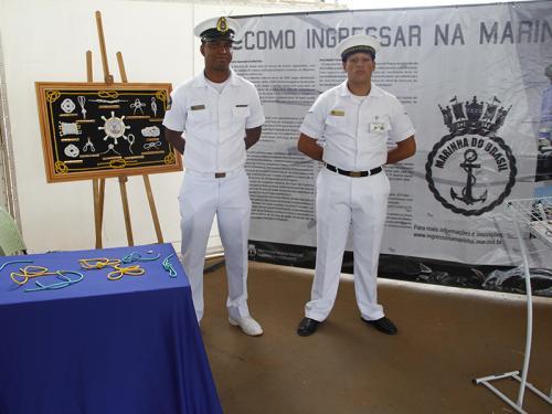 Com7ºDN, SOAMAR-DF e VCB Brasília apoiam Escola Sargento Lima em torneio de robótica