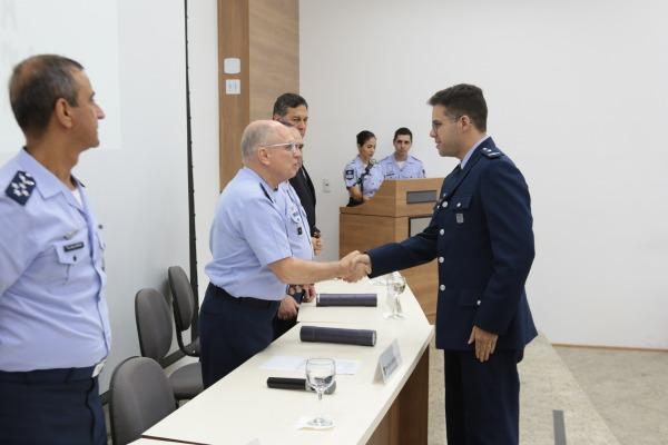 UNIFA diploma novos mestres em Ciências Aeroespaciais