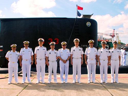 Força de Submarinos recebe Vice-Chefe do Estado-Maior da Marinha chinesa