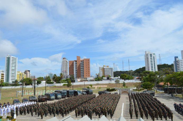 Cerca de 2,8 mil militares foram empregados na Operação