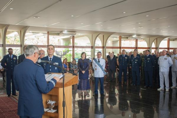 FAB realiza homenagem de despedida ao Tenente-Brigadeiro Alvani Adão da Silva