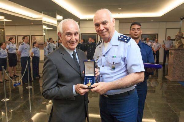 GABAER realiza homenagens a militares em cerimônia de comemoração