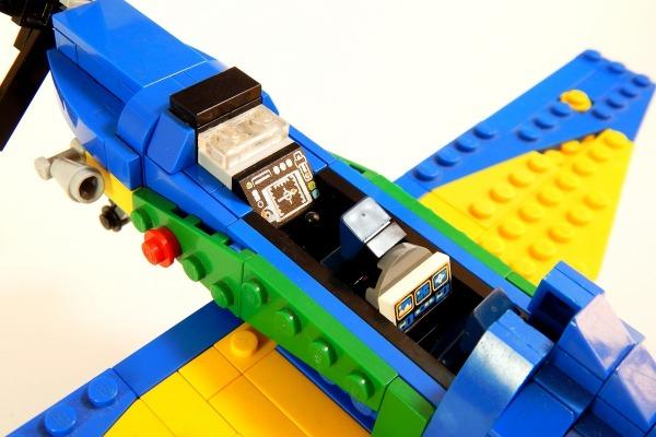 Projeto de A-29 Super Tucano em LEGO alcança 10 mil apoiadores
