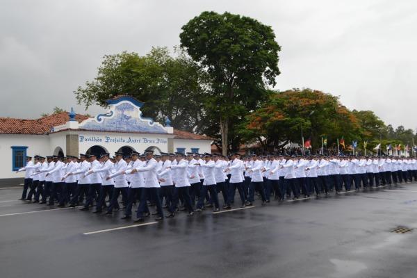 Começam as inscrições para seleção de 183 vagas para sargentos