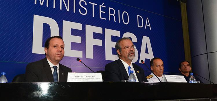 Forças Armadas e Polícia Rodoviária Federal reforçam fiscalização em vias federais de acesso ao Rio de Janeiro