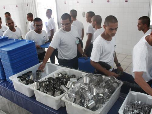 Escola de Aprendizes Marinheiros de Pernambuco realiza projeto de consumo sustentável