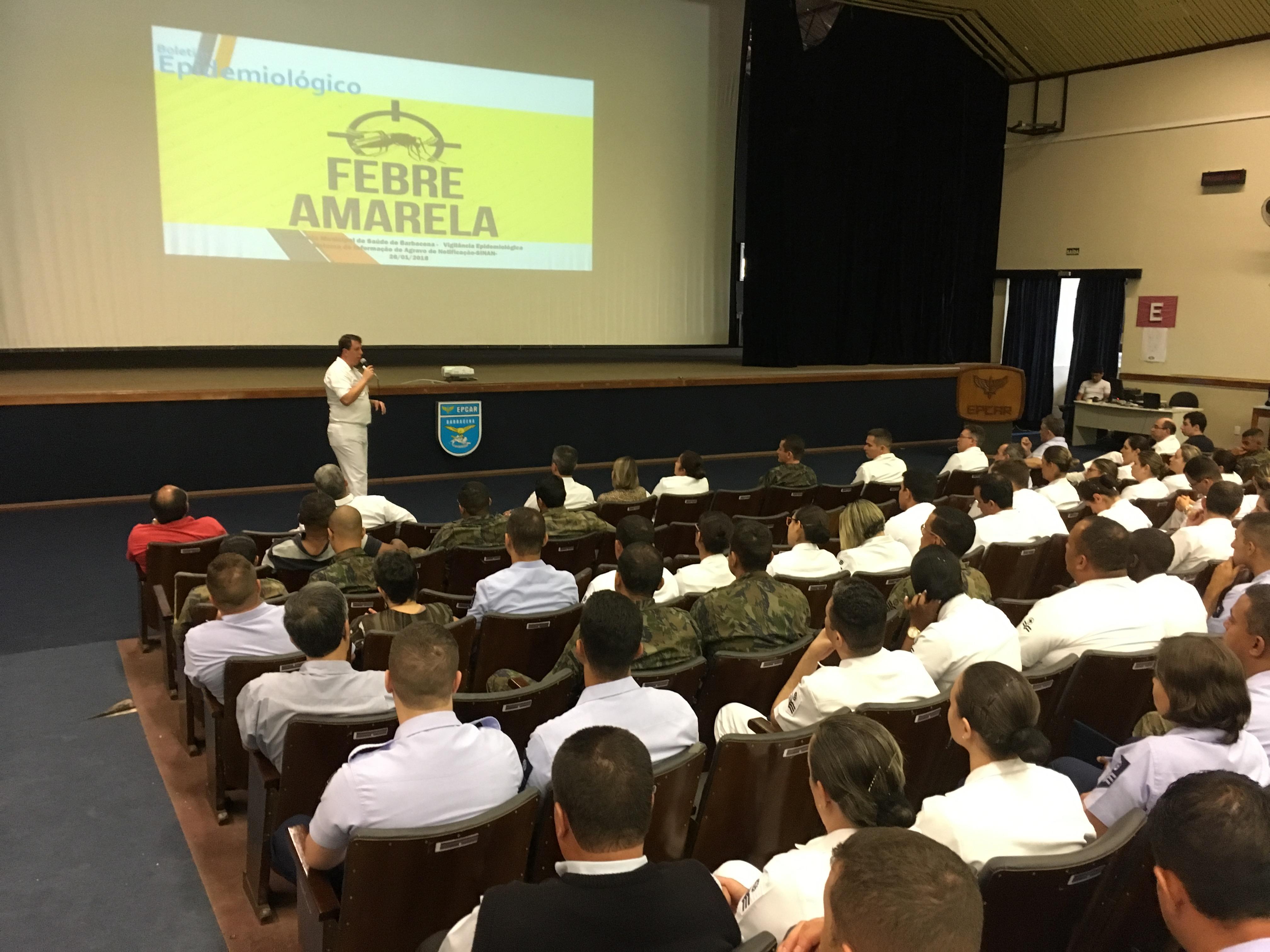 Palestra sobre febre amarela esclarece dúvidas dos militares