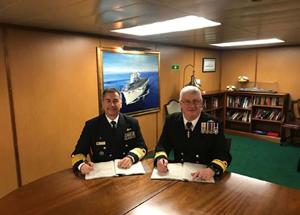 Marinha do Brasil assina o contrato de transferência do navio HMS Ocean
