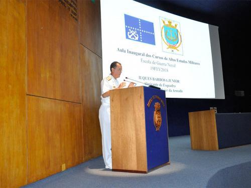 Chefe do Estado-Maior da Armada profere aula inaugural na Escola de Guerra Naval