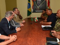 comitiva ministerio defesa brasil