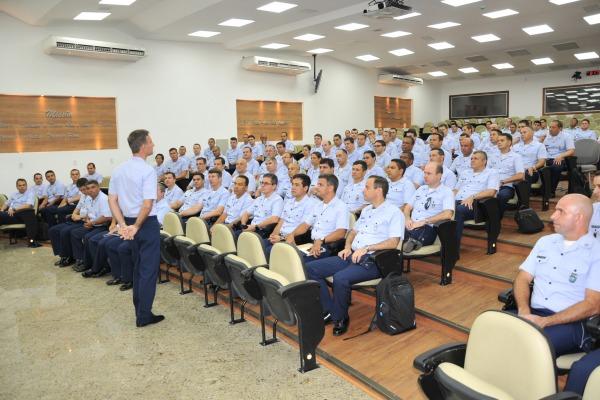 Universidade da Força Aérea recebe 214 novos oficiais-alunos para os cursos de 2018