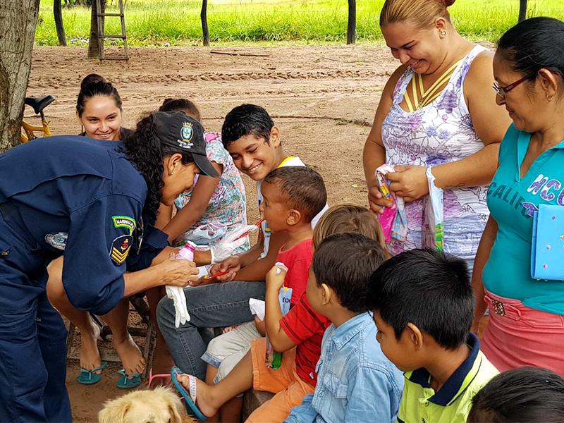 Navio da Marinha do Brasil realiza ações de assistência hospitalar em Mato Grosso