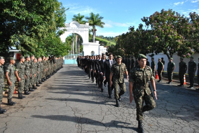 Novos alunos de NPOR de Itajubá iniciam formação técnico-militar para atuarem na Engenharia do Exército