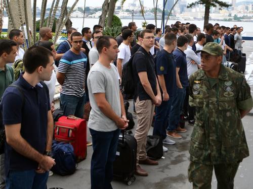 Centro de Instrução Almirante Wandenkolk recebe médicos convocados para o Serviço Militar Obrigatório