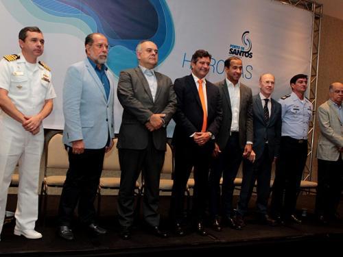 Capitania dos Portos de São Paulo participa de comemoração dos 126 anos do Porto de Santos