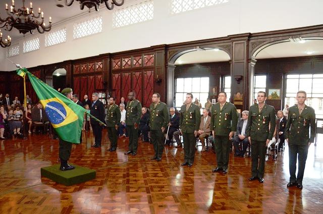 Há 50 anos nascia a Divisão de Ensino da AMAN para aperfeiçoar a nobre missão de formar o líder militar.