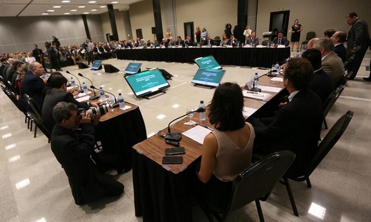 AMAZUL e Ministério da Saúde assinam acordo para o desenvolvimento do Reator Multipropósito