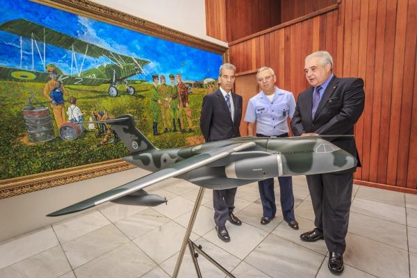 Comandante da Aeronáutica recebe Deputado Federal Augusto Coutinho
