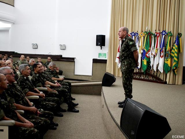 Aula Magna da ECEME abre o ano letivo abordando tema relacionado ao Planejamento do Exército Brasileiro.