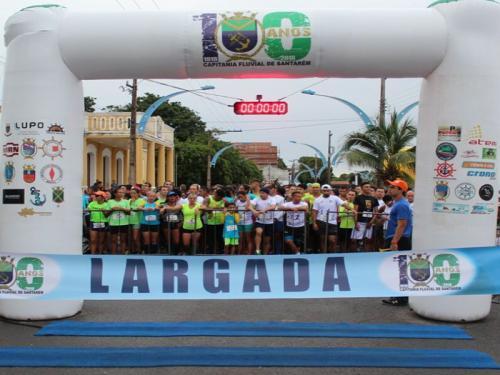 Eventos esportivos e parada naval encerram comemorações do centenário da Capitania Fluvial de Santarém (PA)