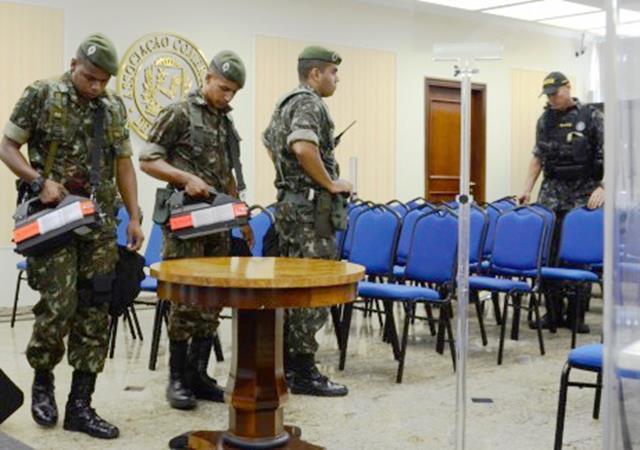 Exército Brasileiro colabora com ações de antiterrorismo no Fórum Econômico Mundial, com ações de DQBRN.