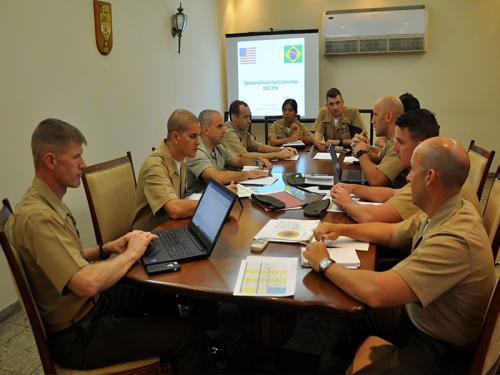 Corpo de Fuzileiros Navais realiza intercâmbio com oficiais do United States Marine Corps