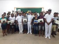 Cerimônia de entrega das cadernetas de inscrição e registro na comunidade ribeirinha de Axinim