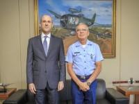 Procurador-Geral Fabrício Da Soller visita Comandante da Aeronáutica