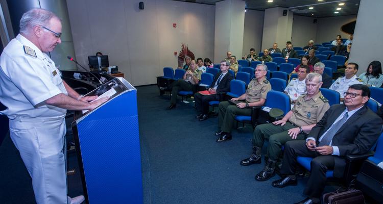 Ministério da Defesa realiza seminário sobre questões indígenas