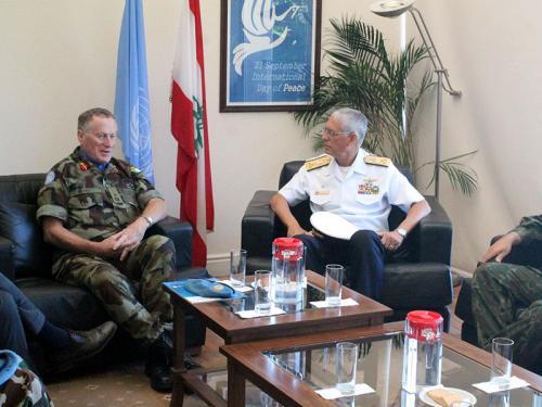 Comandante em Chefe da Esquadra visita a Força-Tarefa Marítima da UNIFIL