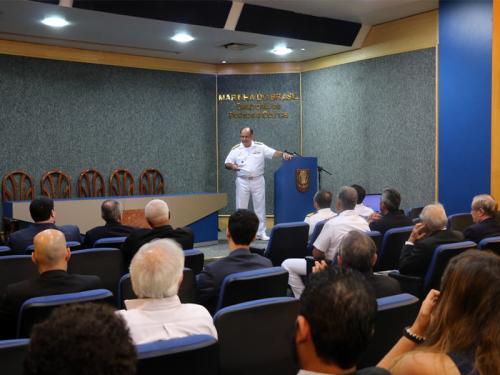 Diretoria de Portos e Costas e Associação Brasileira de Direito Marítimo realizam workshop