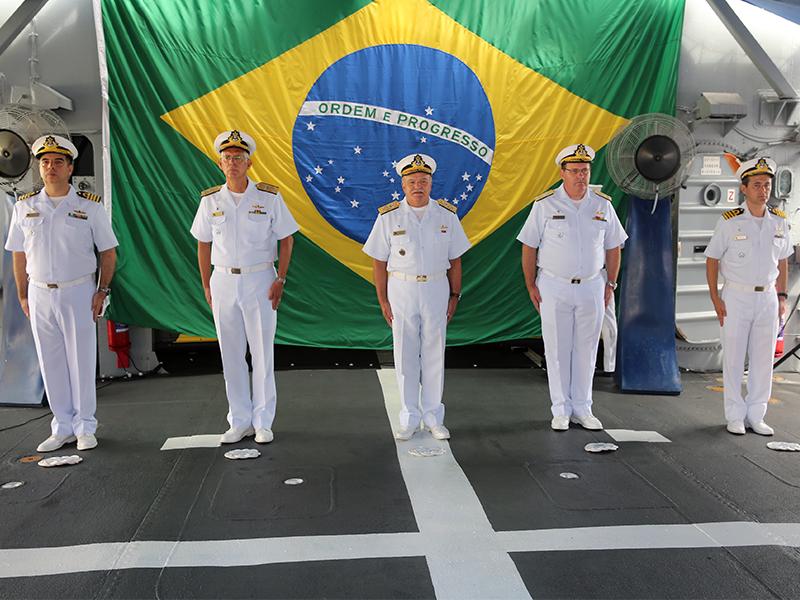 """Fragata """"Constituição"""" completa 40 anos de incorporação à Marinha do Brasil"""