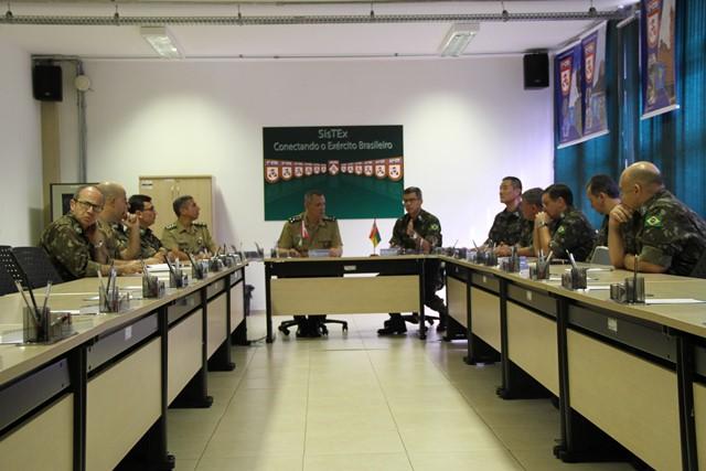 Visita do Chefe do Centro de Comunicação Social do Exército ao Centro Integrado de Telemática do Exército