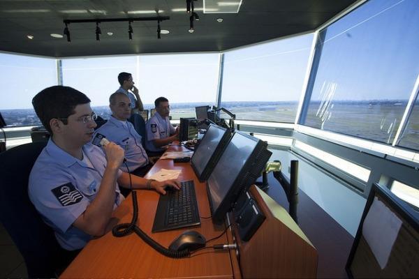 Alterações que otimizam o serviço de tráfego aéreo entram em vigor em São Paulo
