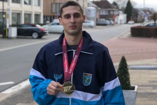 Atletas da FAB se destacam em competições de luta em vários países