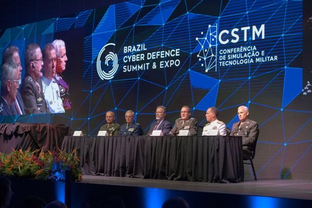 Inicia, na Capital Federal, maior evento brasileiro de Defesa Cibernética, Comunicações e Guerra Eletrônica.