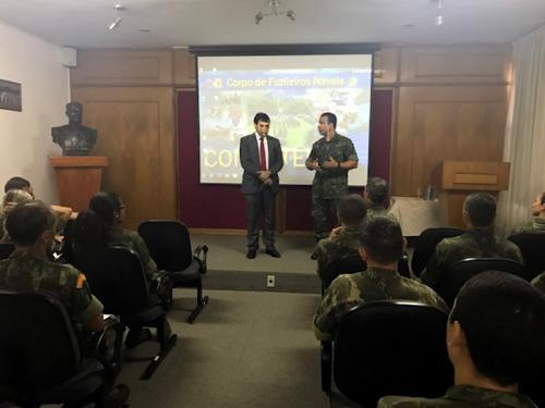 Centro de Instrução Almirante Milcíades Portela Alves recebe palestrante da Procuradoria de Justiça Militar no Rio de Janeiro