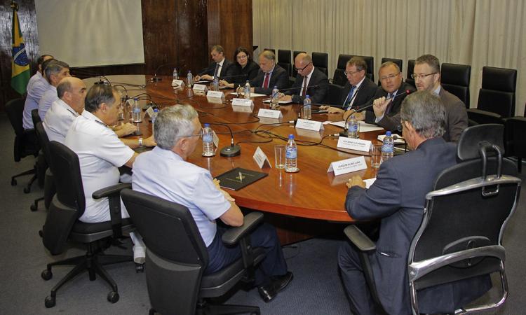 Saab busca ampliar parcerias no setor de Defesa com o Brasil