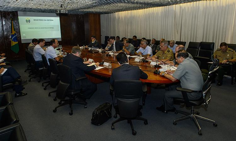 Reunião da CMID apresenta novas métricas e discute políticas da Indústria de Defesa