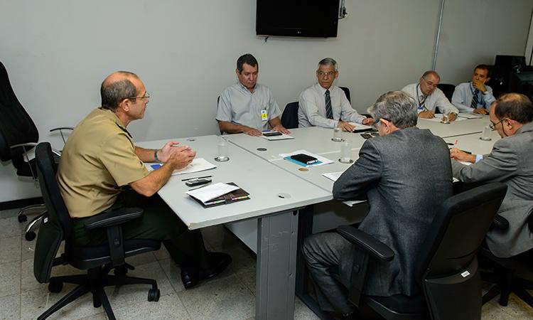 Coordenadores do PROFESP se reúnem com diretor do Departamento do Desporto Militar da Defesa