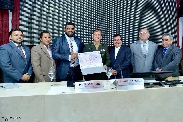 Câmara municipal concede título de cidadão de São Luís ao comandante do 24° BIS