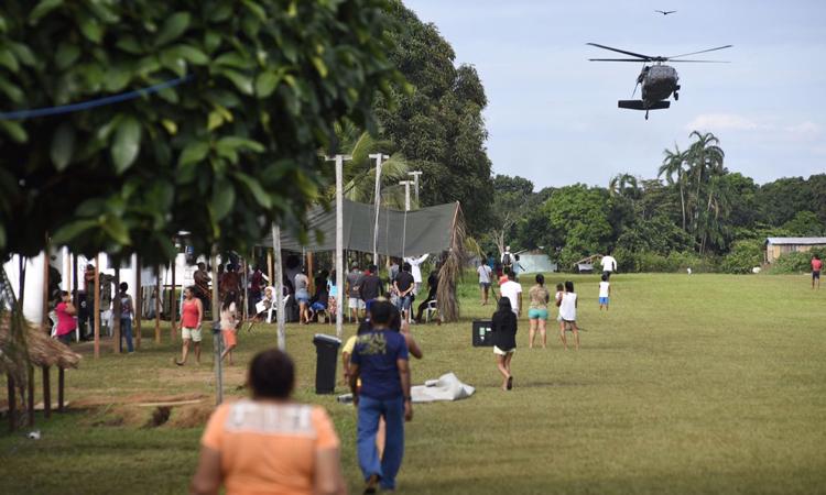 Defesa, Saúde e Expedicionários realizam atendimentos médicos e cirurgias em aldeia indígena do Amazonas