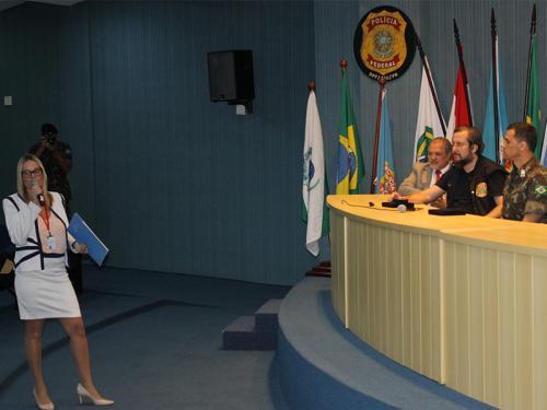 Marinha integra o Ciclo de Conferências do Curso Superior de Inteligência Estratégica da Escola Superior de Guerra