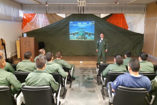 Ala 2 capacita militares do Grupo Kilo
