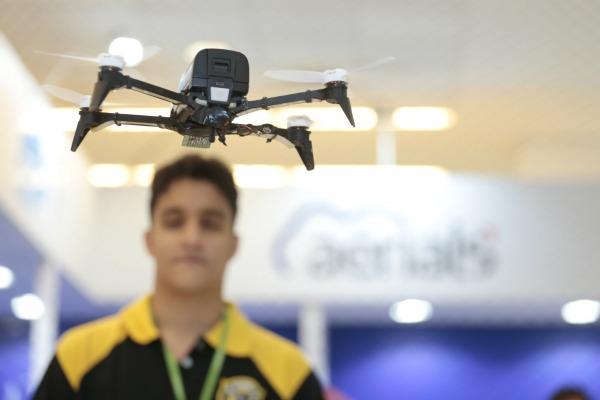 SARPAS e Drone Consciente são temas do DECEA no Drone Show Latin America 2018