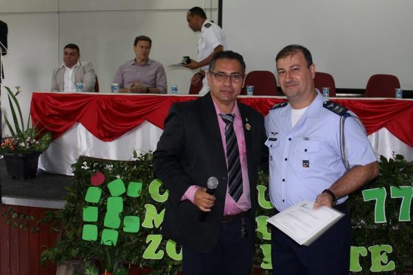 Força Aérea é homenageada por centro de ensino do Amazonas