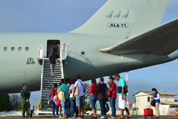 FAB realiza novo transporte de venezuelanos entre capitais