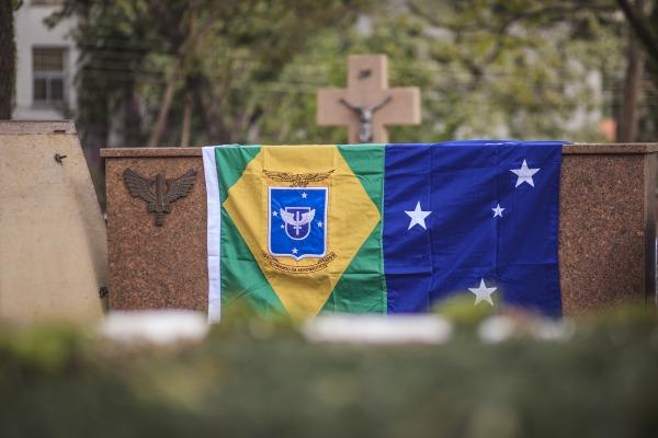 Ex-Ministro da Aeronáutica é velado em São Paulo com honras militares
